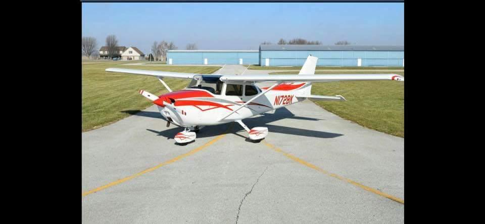 "1976 Cessna ""Skyhawk"" 172M"